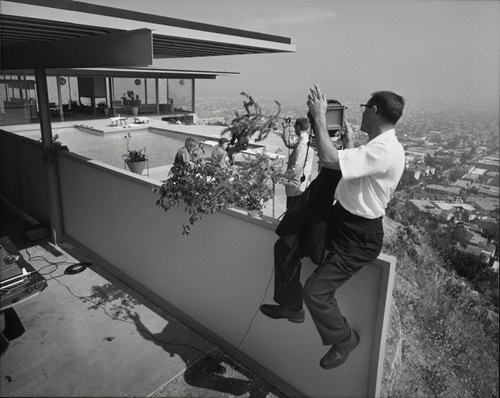 Julius Shulman photographing Case Study House no. 22, West Hollywood, 1960. © J. Paul Getty Trust. Used with permission. Julius Shulman Photography Archive, Research Library at the Getty Research Institute (2004.R.10)