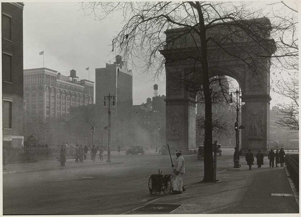 Samuel H. Gottscho, Washington Square, c. 1930