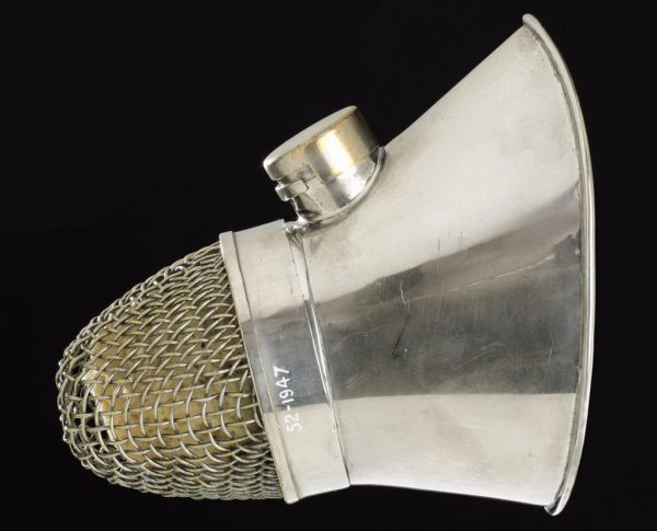 Face mask from Ormesby's inhaler for ether anaesthesia.